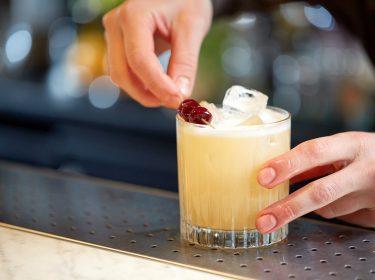 bartender bar il molo varenna